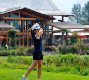 Burnaby Golfing at Riverway